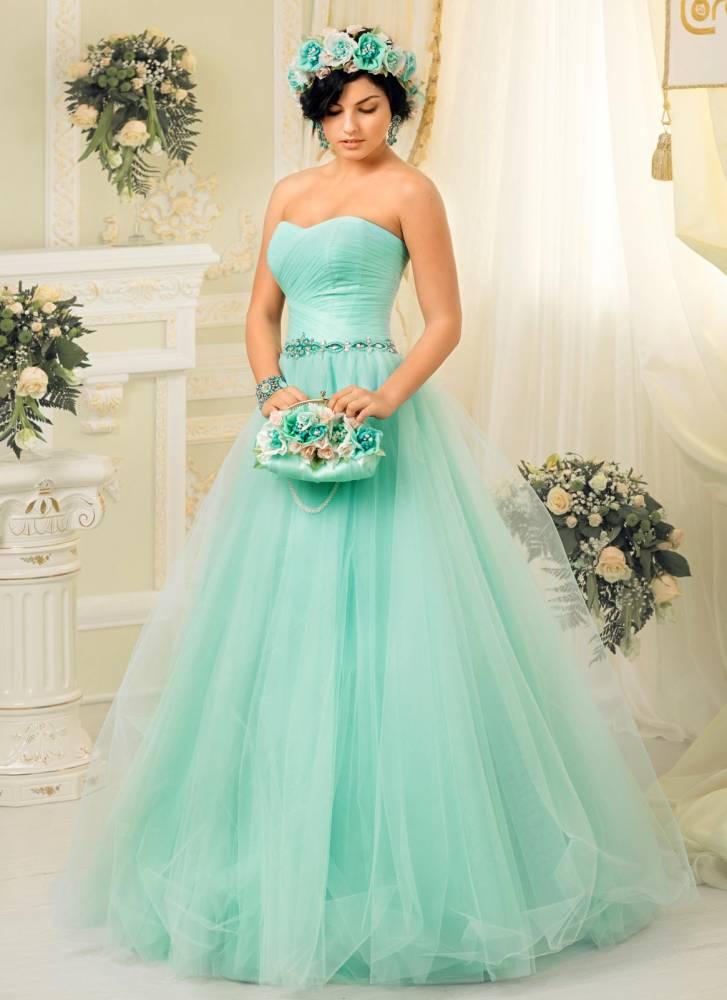 Салон цветных свадебных платьев